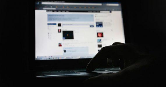 identidad en línea