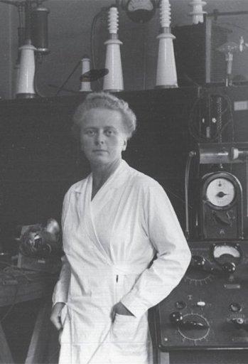 mujeres tabla periódica
