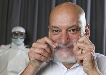 mascarilla transparente