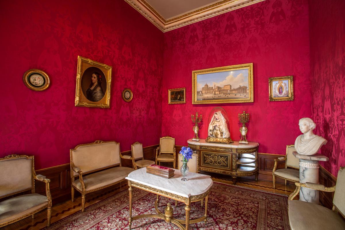 maximiliano y carlota vivieron en el alcázar del castillo de chapultepec