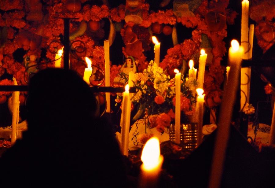 cuando se pone el altar del día de muertos