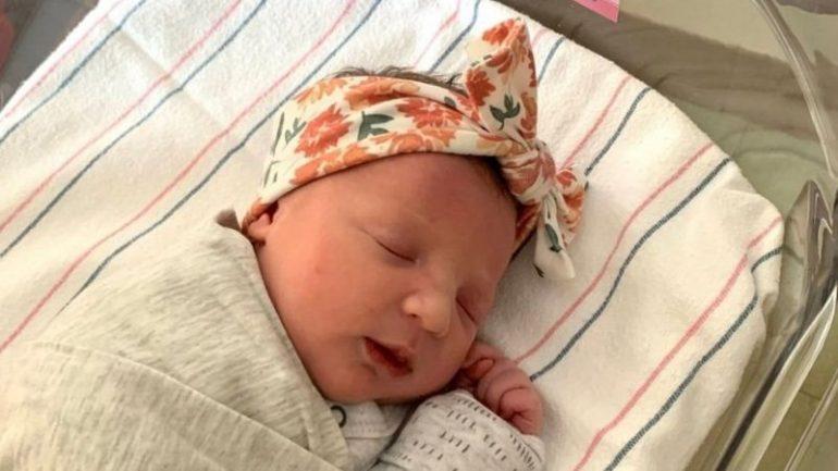 primer bebé que nació después de 27 años congelada