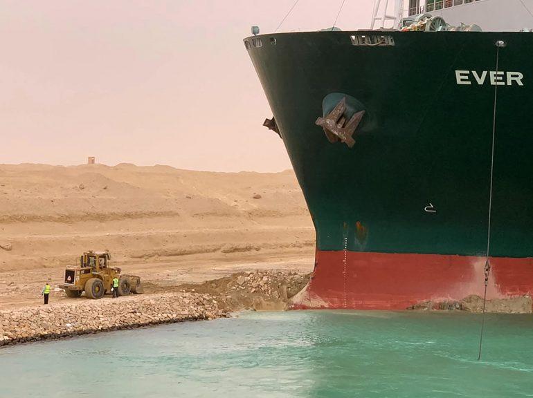bloqueo del Canal de Suez