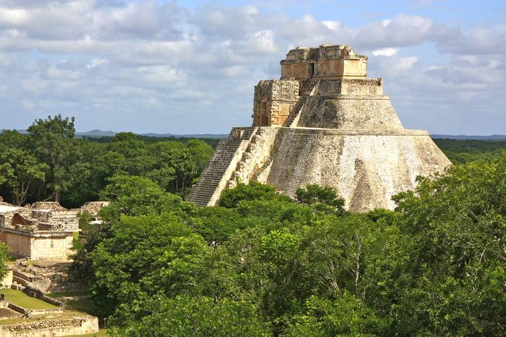 gobernador maya