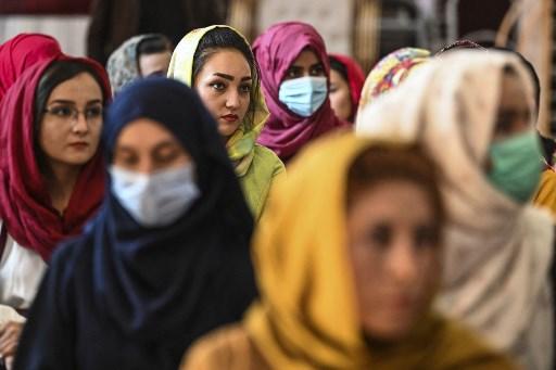 mujeres régimen talibán