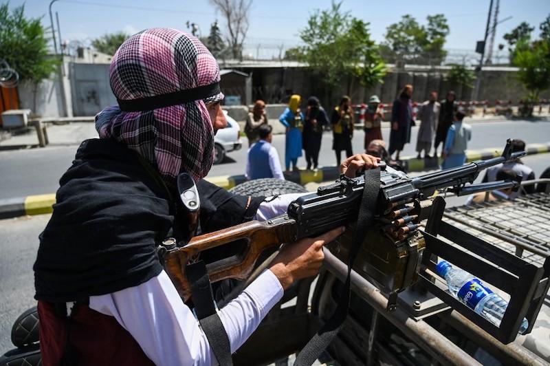 Afganistán Facebook talibán
