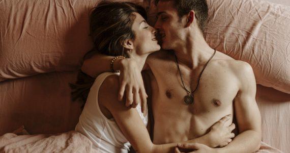 cual es la relacion entre el sexo y la felicidad