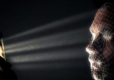 Facebook experimenta con inteligencia artificial que escucha, ve y recuerda tu información personal