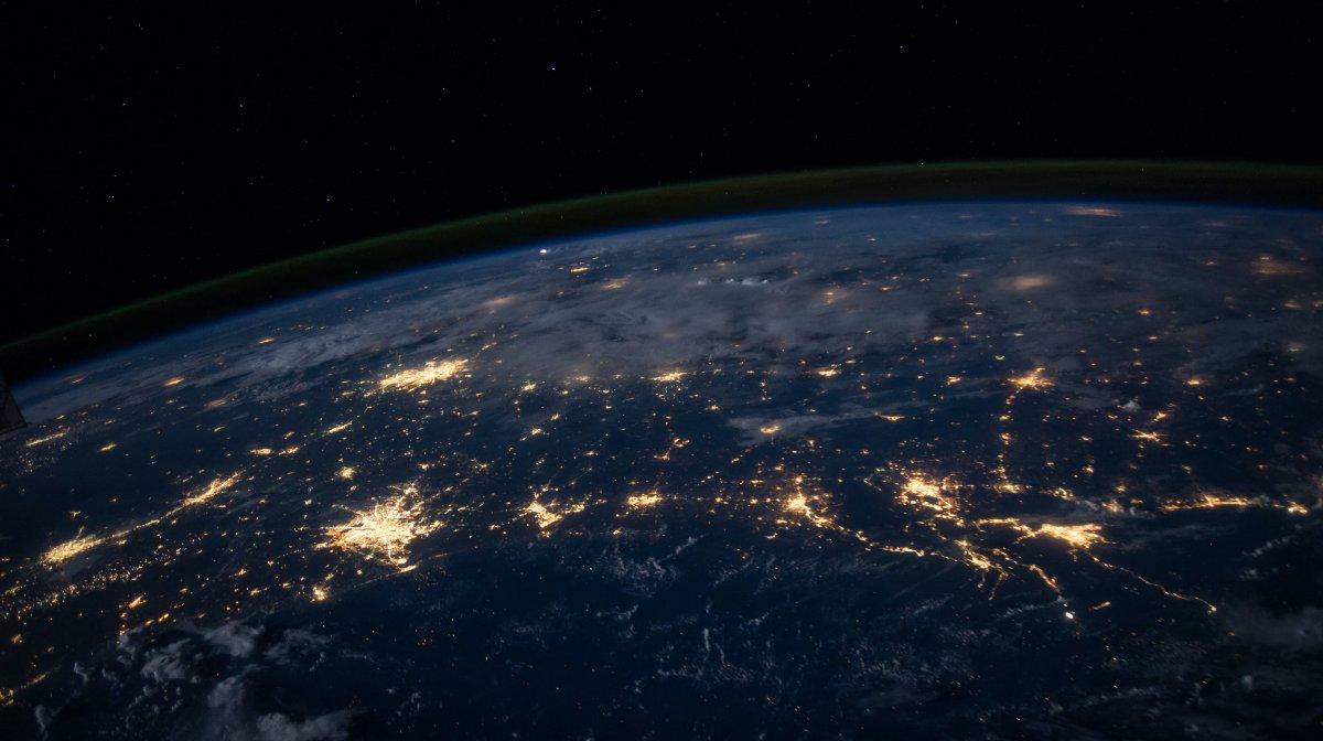 Un grupo de investigadores británicos descubre un comportamiento nunca antes visto del campo magnético de la Tierra